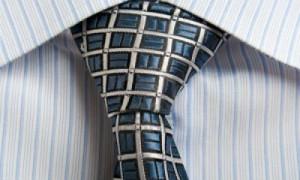 684camisa-de-rayas-y-corbata-de-moda